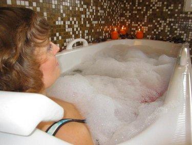Kylpylähotelli Pärnu vedenalainen suihkuhieronta